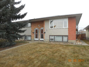 Upper Duplex-3 brm-King Edward Park-early move-in no charge!