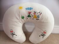 Breast feeding / Nursing pillow - widgey