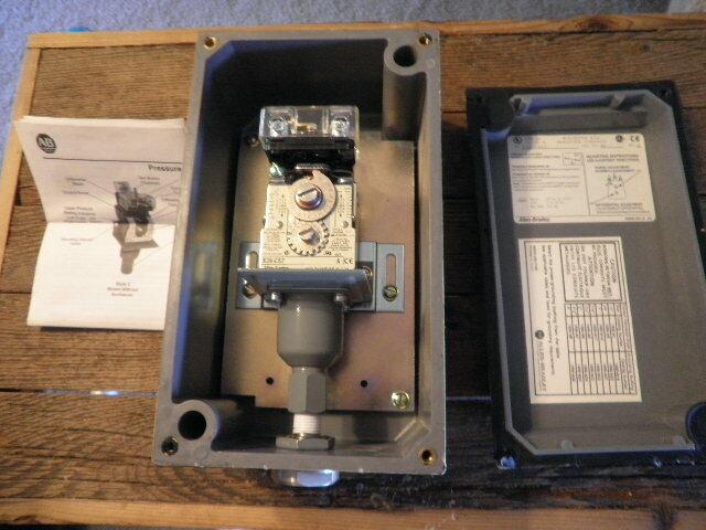 ALLEN-BRADLEY BULLETIN 836-C62 PRESSURE CONTROL TYPE 4X NEW OPEN BOX