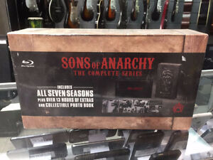 COFFRET BLURAY COMPLET SONS OF ANARCHY SCELLÉ 149.95$
