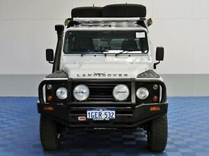 2010 Land Rover Defender MY10 130 (4x4) White 6 Speed Manual Crewcab Jandakot Cockburn Area Preview
