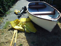 Sturdy 9 ft Dinghy with Seagull Outboard and Oars
