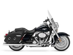 2013 HARLEY DAVIDSON FLHRC ROAD KING CLASSIC