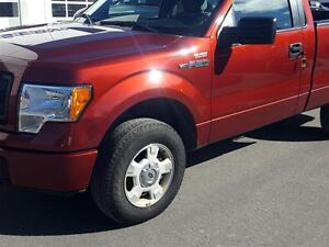 "2014 Ford F150 4x4 - Regular Cab Stx - 126"" WB"