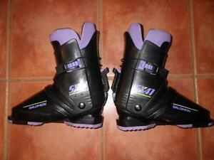 Never Used Womens Size 6 SX42 SALOMON SKI BOOTS