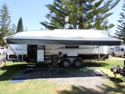 CRUSADER MANHATTON  SIMPLY THE BEST Swansea Lake Macquarie Area Preview