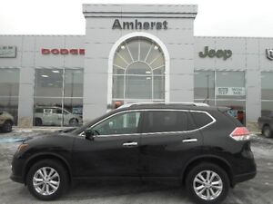 2016 Nissan Rogue SV AWD 2.5L EXCELLENT CONDITION WARRANTY REMAI