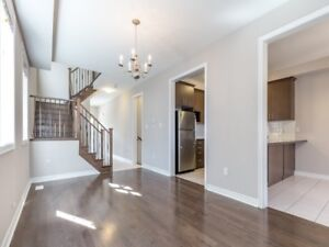 AMAZING 4+1Bedroom Semi-Detached House in BRAMPTON $849,000 ONLY