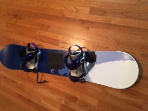 """ SG SOLO "" Snowboard & Bindings .......NEW LOWER PRICE !!"