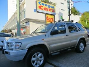2000 Nissan Pathfinder TI (4x4) Gold 4 Speed Automatic 4x4 Wagon Southport Gold Coast City Preview