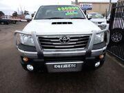 2013 Toyota Hilux KUN26R MY14 SR5 (4x4) White 5 Speed Automatic Dual Cab Pick-up Wagga Wagga Wagga Wagga City Preview