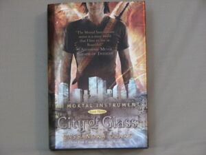 """The Mortal Instruments Book 3 """"City of Glass"""" Cassandra Clare"""
