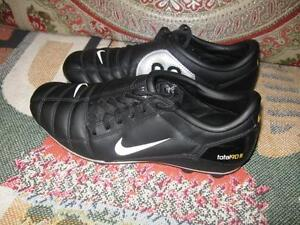 Nike Total 90 lll Versatract Soccer Black Shoes Size Youth 6