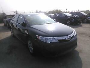 2013 Toyota Camry LE,4CYLS,full equipe