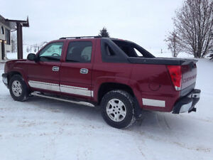 LOADED 2005 CHEVY AVALANCHE LT FOR SALE