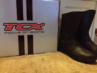 Men's motor bike boots size 8. £50 ono