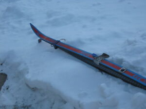 JARVINEN CROSS COUNTRY TOURING SKIS & POLES , WAXING TYPE
