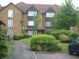 LOVELY FIRST FLOOR STUDIO AVAILABLE, LOCATED IN CAMBRIAN GREEN, NW9 7RH