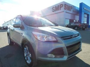 2013 Ford Escape SEL AWD, PST paid, leather, rem. start, sunroof