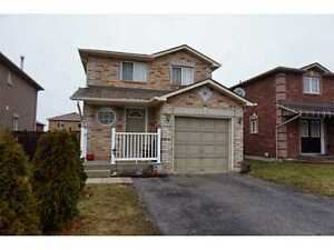 Detached 3bd + 3 full bathrooms + 1 room in basement for RENT