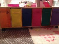 Children's Storage Unit with multicoloured drawers