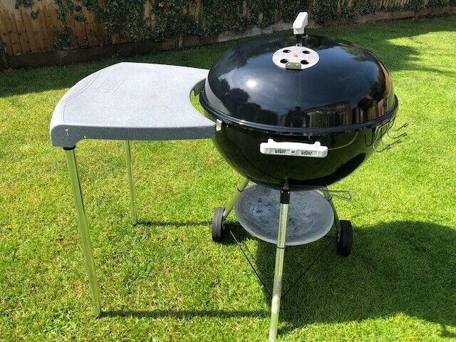 Weber Side Table.Weber Original One Touch Bbq 57cm With Side Table Cover Tool Hooks And Lid Hook In Welwyn Garden City Hertfordshire Gumtree