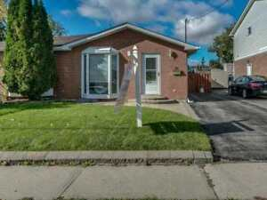GREAT PRICE!!! 4BED 2BATH  DETACHED HOME IN OSHAWA!!!!!!!!