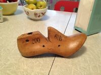 Home decor:Door stop.OLD COBBLER'S WOODEN SHOE MOLD .