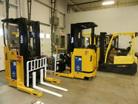 Forklifts reach 2005 Yale Raymond chariots elevateurs
