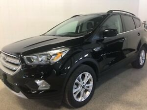 2018 Ford Escape SEL CLEAN CARFAX, PANORAMIC SUNROOF, APPLE C...
