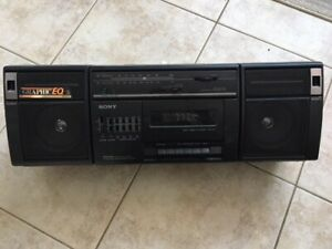 SONY Cassette/Radio Player in MINT Condition