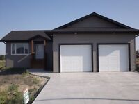New Home for Sale in Altona, MB - 19 Connor Place