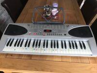 MK-3000 electronic keyboard