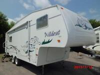 Fifth wheel Forest River Wildcat, modèle 27RL, 2003, 27 pieds