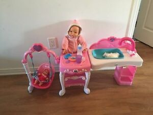 Doll set, play kitchen, poney castle, Mickey & Minnie House...