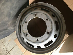 Sprinter (Dodge, Freightliner, Mercedes) 3500 dually steel rims