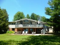 10 minutes north of Orillia, Walk out ground floor Apartment