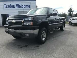 2005 CHEVROLET SILVERADO 3500 LS 8 FOOT BOX 4X4 6.0L V8