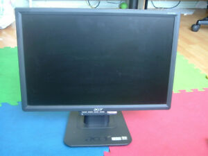 moniteur acl 19in Acer lcd monitor
