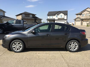 2012 Mazda3 Sedan - Extended Warranty - 1 Owner - Priced to Sell