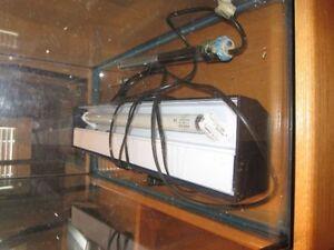 30 Gal Hagen Aquarium (TANK) with stand/lid