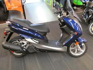 2015 Yamaha S-Max (XC155FG)