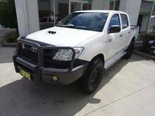 FROM $98 P/WEEK ON FINANCE* USED 2011 TOYOTA HILUX SR (4X4) KUN26 Blacktown Blacktown Area Preview