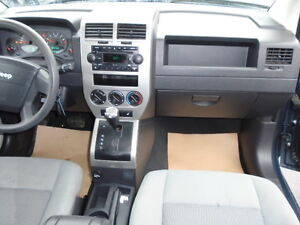 2007 Jeep Compass SPORT 4X4-SUNROOF-HEATED SEATS--REMOTE STARTER Edmonton Edmonton Area image 2