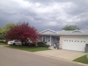 GORGEOUS 3 BED 2.5 BATH WITH ATTACHED GARAGE IN SOUTH PATTERSON!