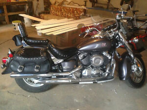 Yamaha V-Star Classic 650cc   Hope to sell fast