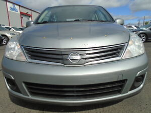 2010 Nissan Versa SPORT Hatchback--AMAZING SHAPE--6 SPEED