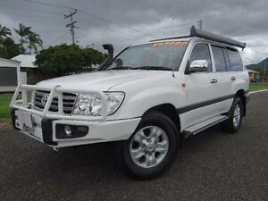 2007 Toyota Landcruiser UZJ100R Upgrade II GXL (4x4) White 5 Speed Automatic Wagon Bungalow Cairns City Preview