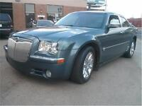 2006 CHRYSLER 300  LOADED WITH 100000 KMS ONLY!