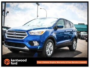 2017 Ford Escape SE 200A 2.0L ecoboost 6-SPD 4WD, keyless entry,
